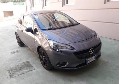 Opel Corsa Coupé 1.2 b-Color usata