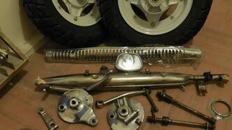 Honda DAX ST 50 - ST 70   Ricambi Spares + Motore 70cc. epoca
