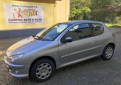 Peugeot 206 3p. aut. XT usata