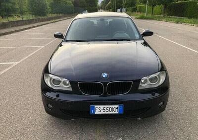 BMW Serie 1 120d cat 5 porte Attiva