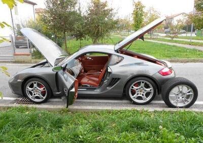 Porsche Cayman 2.7 usata