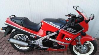 Kawasaki GPZ 600 R epoca