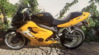 Triumph TT600 epoca