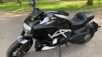 Ducati Diavel 1200 Carbon (2014 - 16) usata